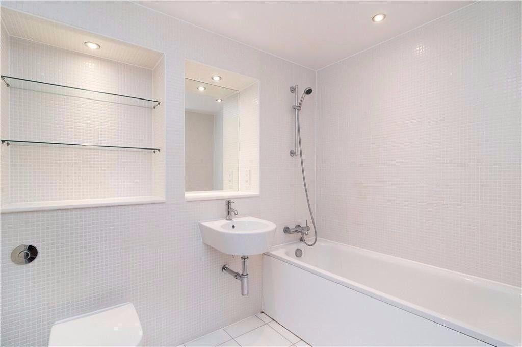 1 Bedroom Flat to Rent in Blackwall, Canary Wharf, E14 ...