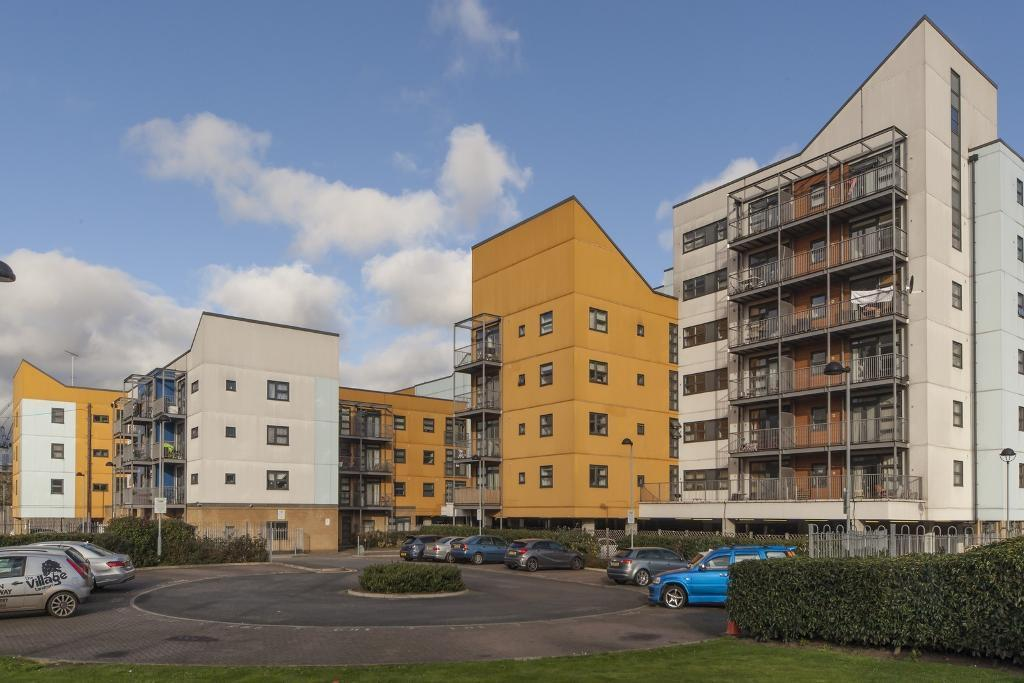 1 Bed Flat Property to Rent in Bromley By Bow, Stratford, E3 3TD by Adamson Knight Estate Agents