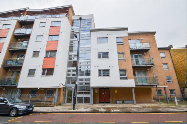 1 Bed Flat Property to Rent in London, E3 3QG by Adamson Knight Estate Agents
