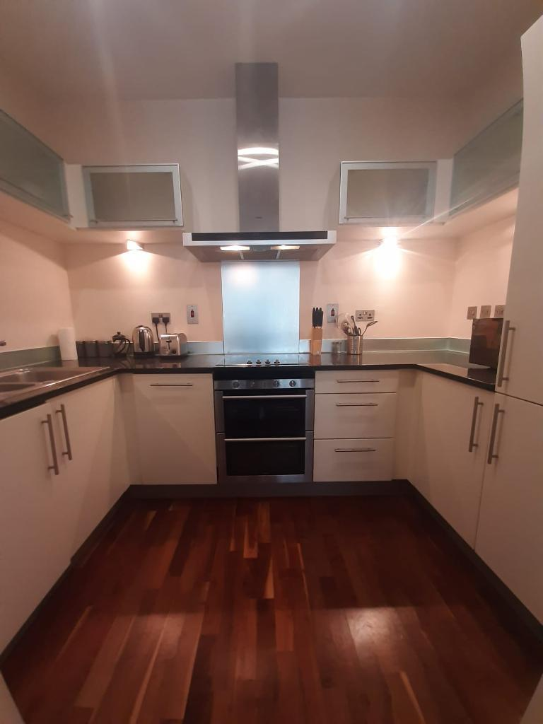 1 Bed Flat Property to Rent in London, E14 8RT by Adamson Knight Estate Agents
