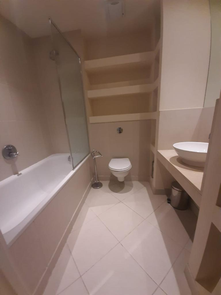 1 Bedroom Flat to Rent in London, E14 8RT by Adamson Knight Estate Agents