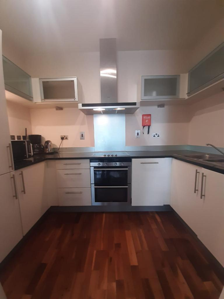 1 Bedroom Flat to Rent in London, E14 9RU by Adamson Knight Estate Agents
