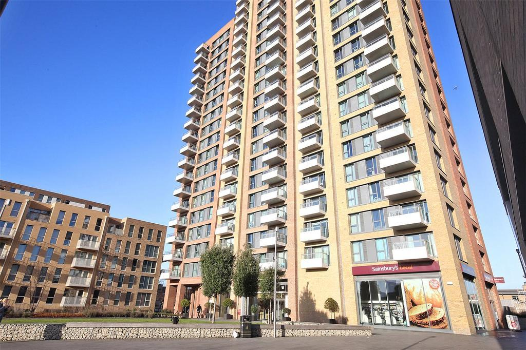 3 Bedroom Flat to Rent in Bow, E3 3QE by Adamson Knight Estate Agents