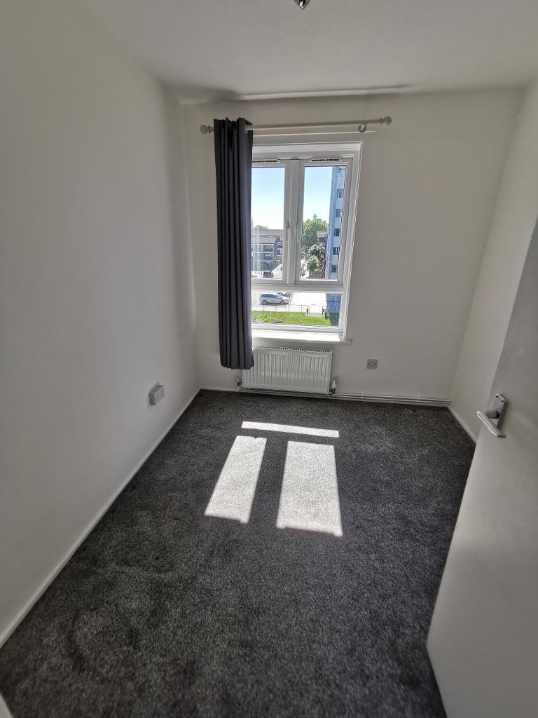 3 Bedroom Maisonette to Rent in Bow, E3 5HE by Adamson Knight Estate Agents