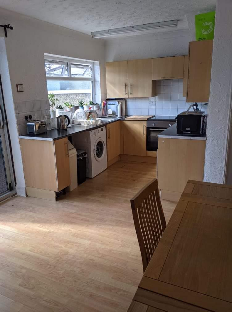 3 Bed Terraced Property to Rent in Essex, RM17 5YR by Adamson Knight Estate Agents