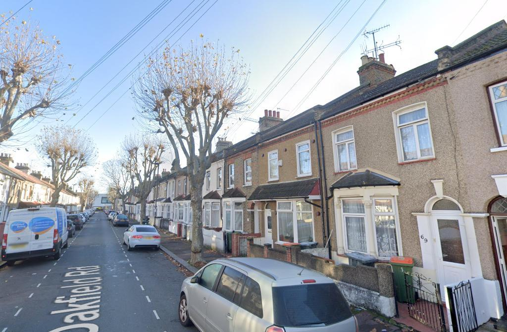 4 Bed Terraced Property to Rent in London, E6 1LN by Adamson Knight Estate Agents